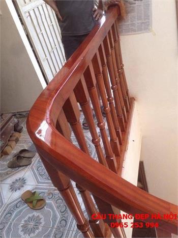 Mẫu Cầu thang gỗ đẹp 29