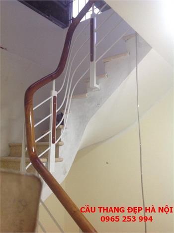 Mẫu Cầu thang sắt đẹp 11
